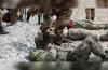 CHINA COZINHOU SOLDADOS INDIANOS VIVOS COM ARMAS DE MICROONDAS
